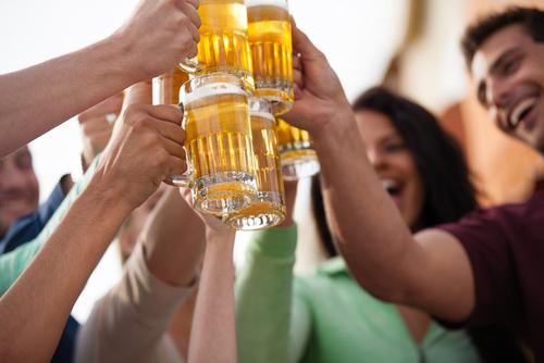 飲み会で嫌われる男にはどんな特徴があるの?-1