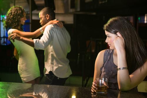 飲み会で嫌われる男にはどんな特徴があるの?-2